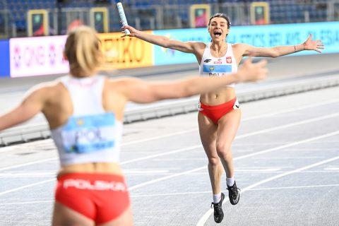 Marlena Gola biegnie po zwycięstwie w Chorzowie. Fot. P. Skraba