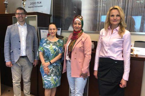Władze WIZ i dr Buthina Alobidyeen
