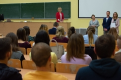 Studenci-logistyki-drugiego-stopnia-nagrodzeni-przez-Multicco-Group-2